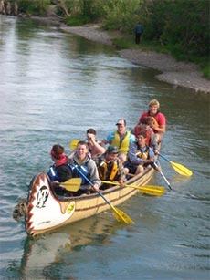 yukon-river-voyageur-canoe