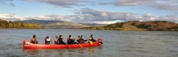 voyageur-canoe-yukon-river-day-trip
